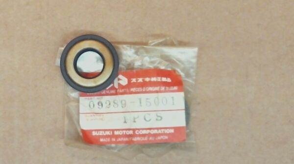 NOS SUZUKI 09289-15001 OIL SEAL, BEARING HOUSING